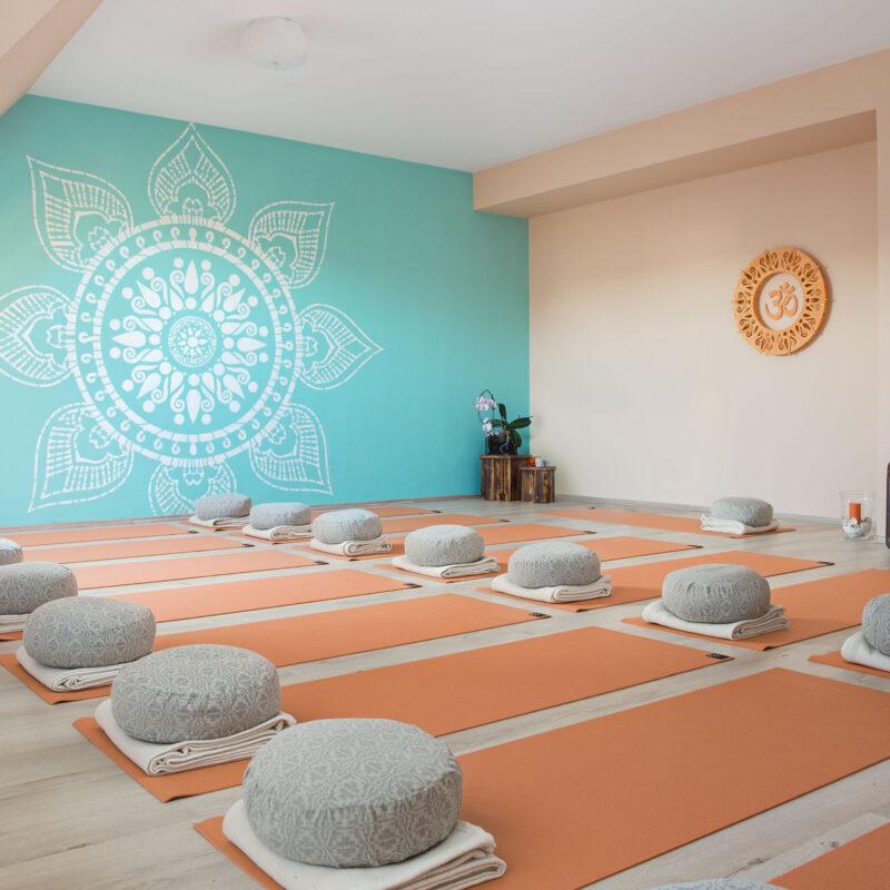 Love Yoga jógastúdió